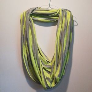 Loveappella infinity scarf